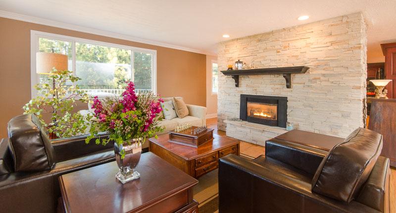 03 Cozy fireplace