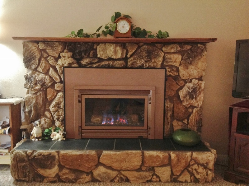 06 Rock Fireplace