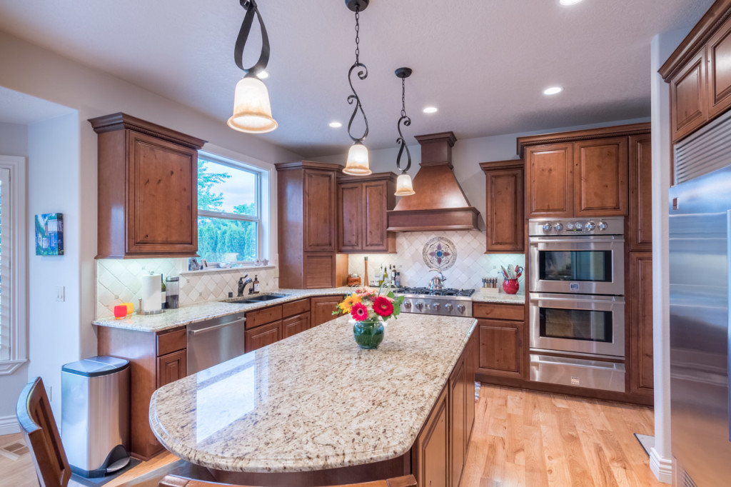 Oetken Coeur d Alene Real Estate chefs kitchen