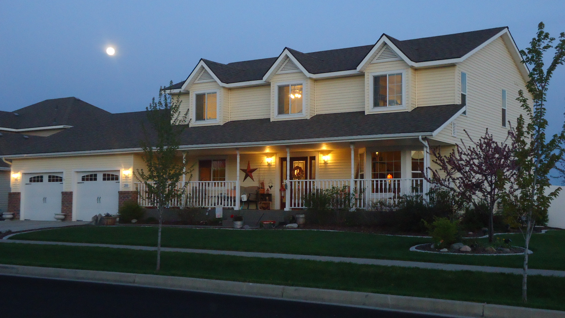 Twilight house for sale finest amazing close up of for Twilight house for sale